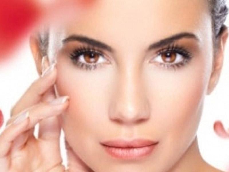 390 din umesto redovne cene od 1200 din. zaTretman uklanjanja mitisera i akni--Vakuumsko čiscaronćenje lica u studiju lepote