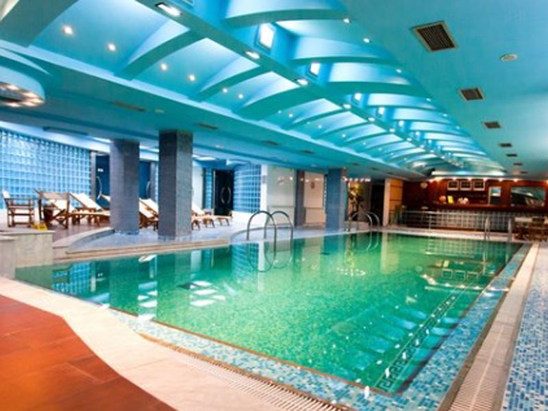 1990 din. umesto redovne cene od 5040 din. za dve 30-minutne relax masaže + dva 25 min. boravka u SLANOJ SOBI uz celodnevno koriscaronćenje bazena i sauneu Wellness centru u Hotelu Park ! ldquoPopusti 021rdquo i Wellness centar hotela