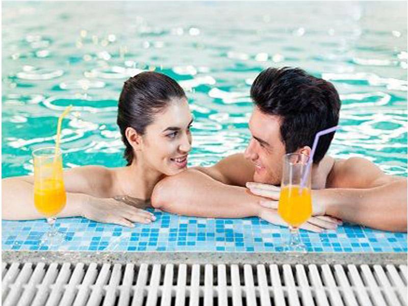 1790 din. umesto redovne cene od 5880 din. za dve 30-minutne relax masaže uz koriscaronćenje bazena i sauneu Wellness centru u Hotelu Park***** ! ldquoPROMOpopustirdquo i Wellness centar hotela